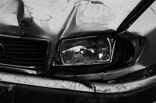 Como se tramita un accidente de tráfico en una compañia de seguros