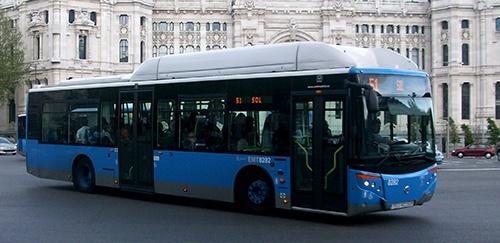 accidente de tráfico dentro de un autobús