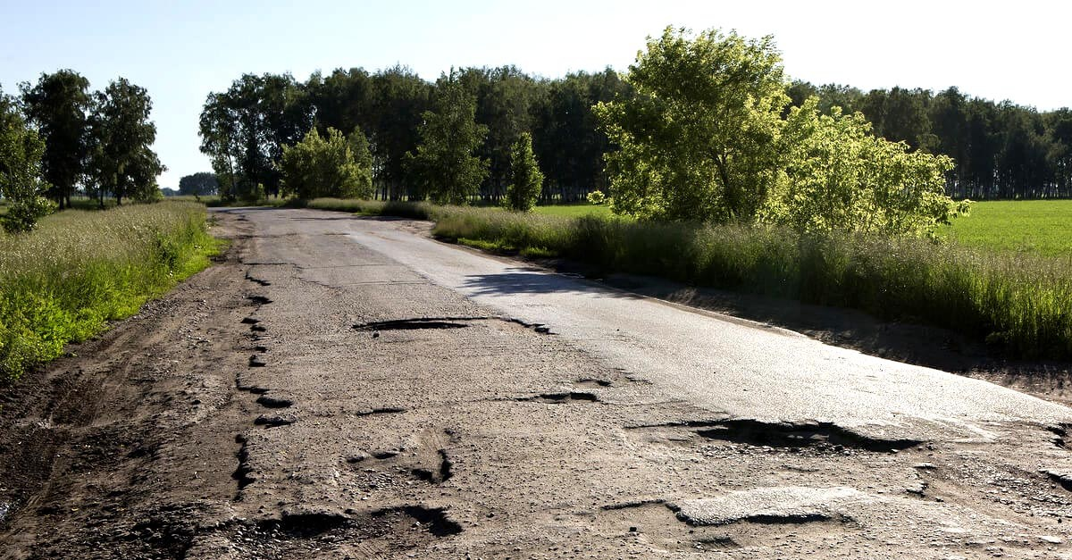 Indemnización por accidente por causa del mal estado de la carretera